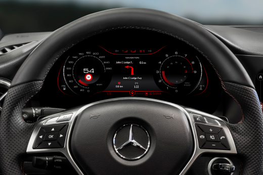 qnx_mercedes_cla_cluster_turn-by_turn_navigation