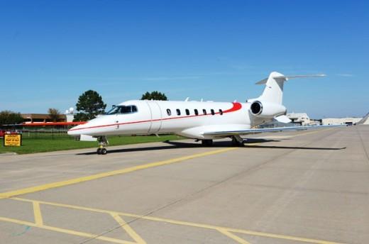 Bombardier Learjet 85 FTV1